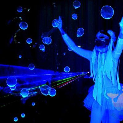 Шоу мыльных пузырей на выпускной