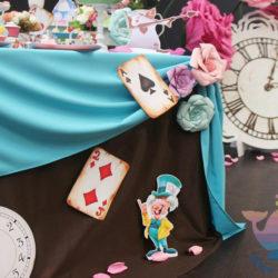 вечеринка Алиса в Зазеркалье Для взрослых