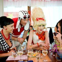 вечеринка Стиляжная вечеринка в кафе, ресторане