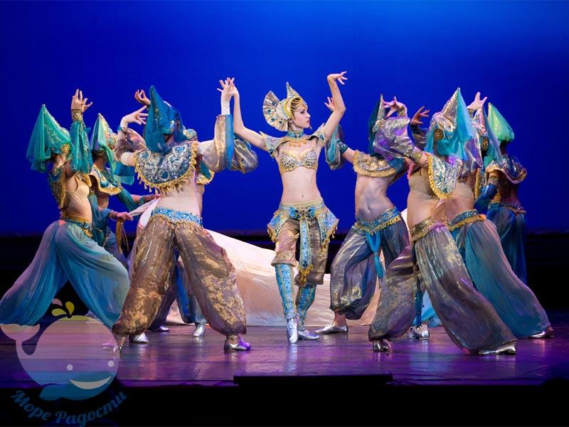 Танцевальное шоу в Москве