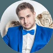 Ведущий Дмитрий