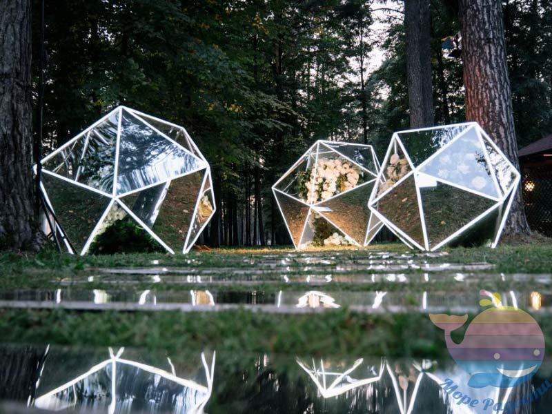 зеркальные-конструкции
