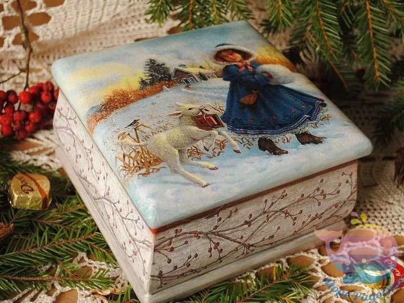 декупаж рождественской шкатулки